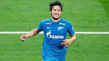 «Милан» готовит контракт для Азмуна