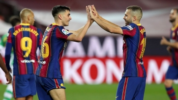 «Барселона» потеряла Альбу и Педри на неопределенный срок