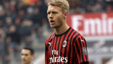 «Милан» на две игры лишился основного защитника