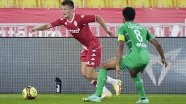 «Монако» с дублем Бен Йеддера обыграл «Сент-Этьен», «Ренн» поиздевался над «Клермоном»