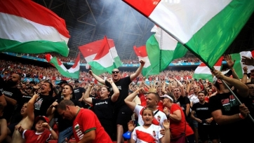 Фанаты сборной Венгрии устроили беспорядки в Лондоне на «Уэмбли». Видео